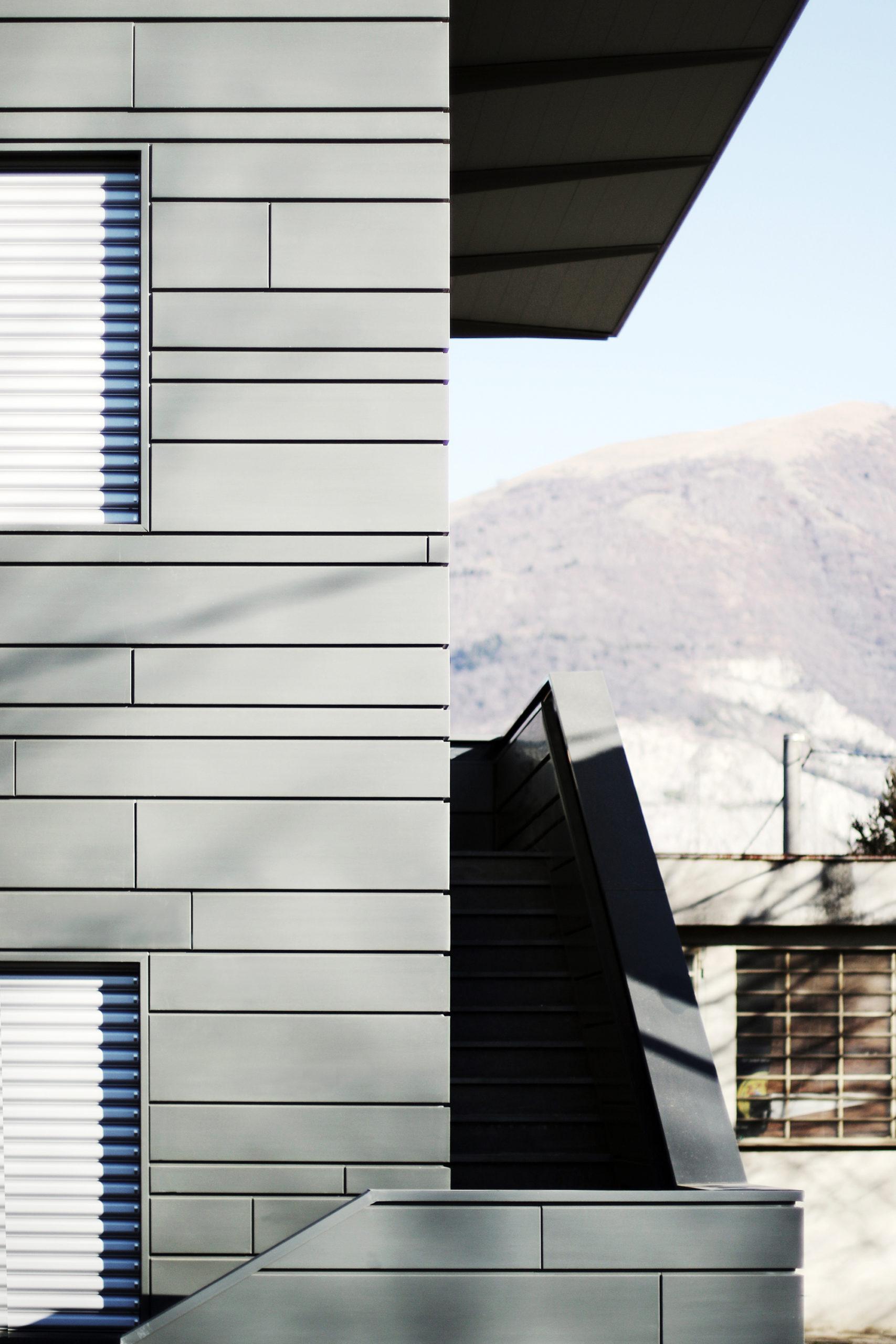 MAURISTUDIO-umberto-mauri-mauri-studio-bosisio-parini-New-Office-Building-Bosisio-Parini-Lecco-work-in-progress-Ventilated-Facade_final_07_2000