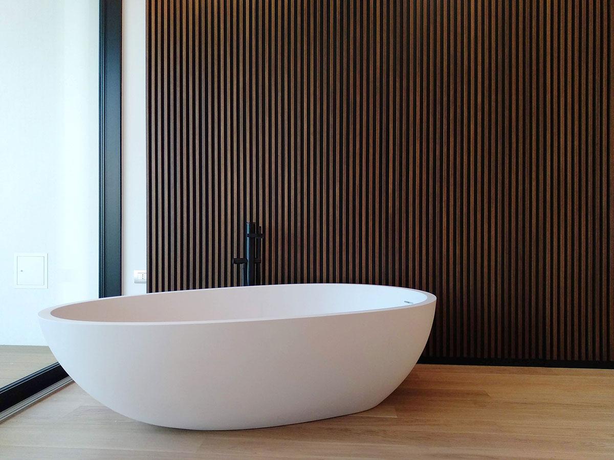 umberto_mauri_architetto_studio_custom_interior_vasca_camera_master_bedroom_design_detail_wall_wood_flos_light_stars_milano_relax_wow_2000-e
